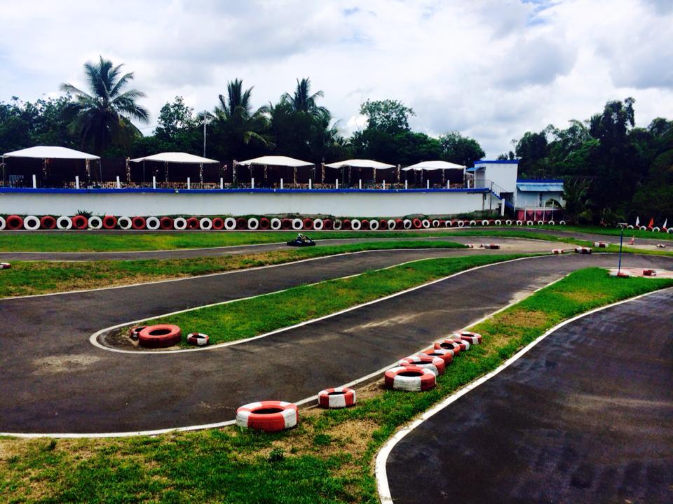 karting2_ambodiatafana.jpg